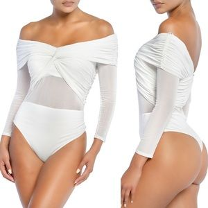 💙 Off Shoulder Mesh Twist Front Bodysuit - White
